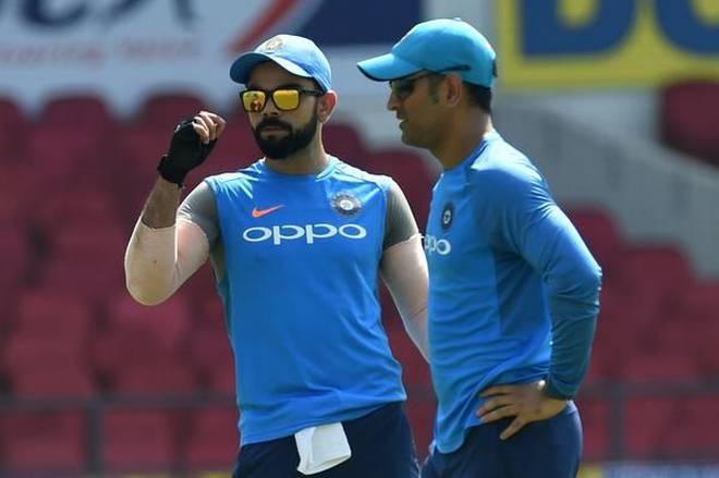 ये रहे वे तीन कारण,जिसकी वजह से साल 2019 वर्ल्ड कप में टीम इण्डिया के कप्तानी की बागडोर माही को मिल जानी चाहिए 3