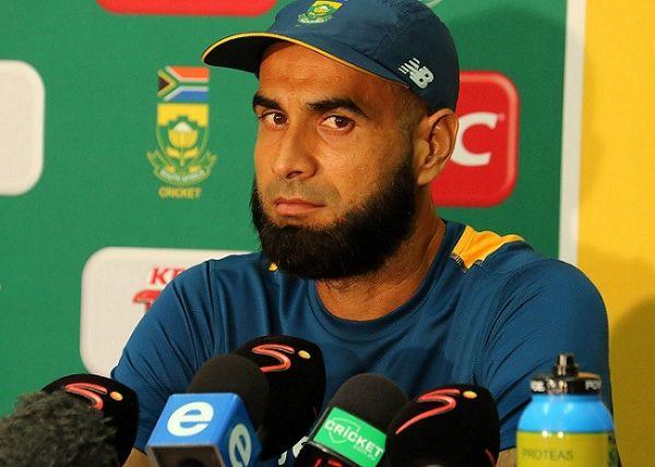 शर्मनाक- दक्षिण अफ्रीका के चौथा वनडे मैच जीतने के बाद इस स्टार खिलाड़ी को करना पड़ा नस्लीय टिप्पणी का सामना 3