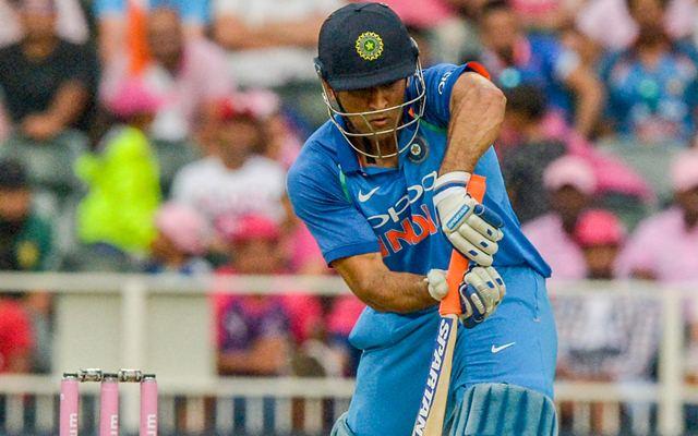 इस दिग्गज भारतीय खिलाड़ी ने भी बांधे धोनी की तारीफों के पूल, कहा धोनी की वजह से ही सफल है विराट 2