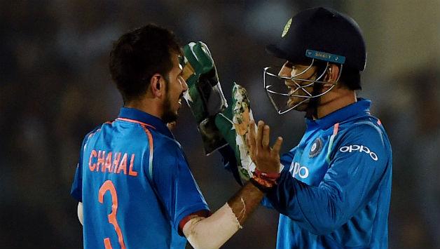 इस दिग्गज भारतीय खिलाड़ी ने भी बांधे धोनी की तारीफों के पूल, कहा धोनी की वजह से ही सफल है विराट 5