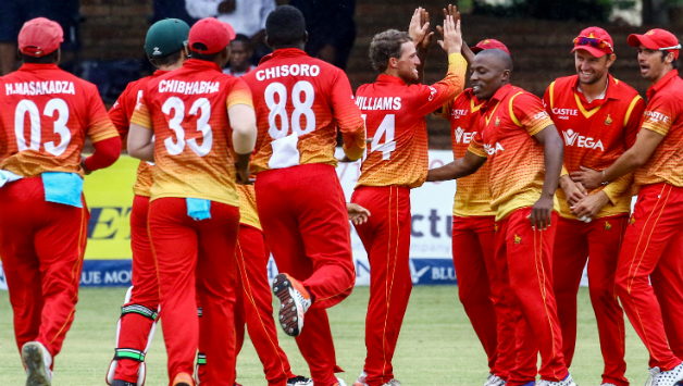 युएई ने जिम्बाब्वे को डकवर्थ लुईस नियम के तहत 3 रन से हरा विश्वकप 2019 से किया बाहर 3