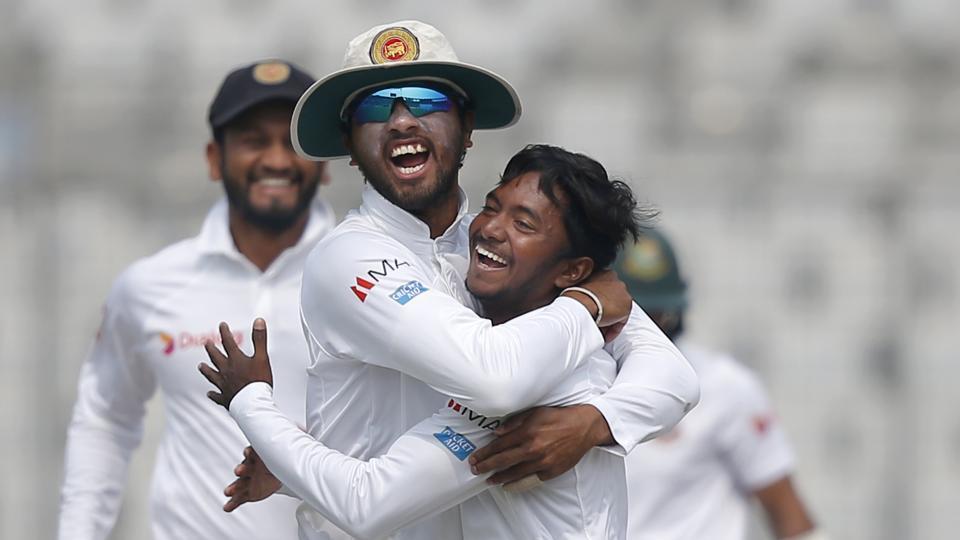 एशिया कप से पहले श्रीलंका को लगा बड़ा झटका, ये दिग्गज बल्लेबाज़ हुआ चोट की वजह से बाहर 1