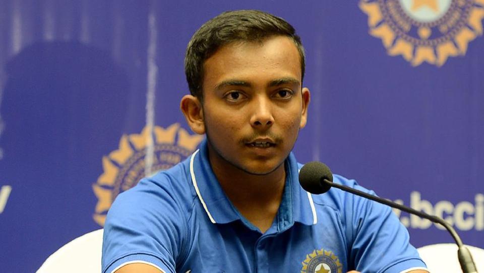 विजय हजारे नॉकआउट के लिए पृथ्वी मुम्बई टीम में 10