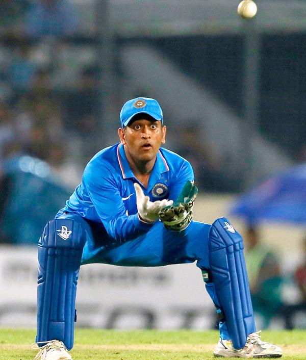 भारतीय टीम में एम एस धोनी के वापसी से विरोधी टीम से इसलिए 4 गुना बेहतर प्रदर्शन करती है भारतीय टीम 2