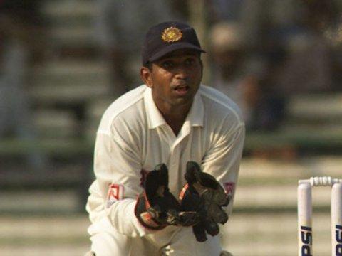 महेंद्र सिंह धोनी की वजह से खत्म हुआ इन 7 खिलाड़ियों का करियर, 4 ने तो ले लिया संन्यास लेकिन 3 अभी भी कर रहे संघर्ष 2