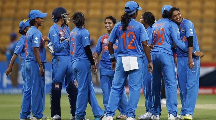 भारतीय महिला टी-20 टीम की कप्तान हरनमनप्रीत कौर इस भारतीय खिलाड़ी की हुई मुरीद 5