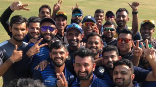 विजय हजारे ट्रॉफी : सौराष्ट्र को हराकर कर्नाटक ने जीता खिताब 7