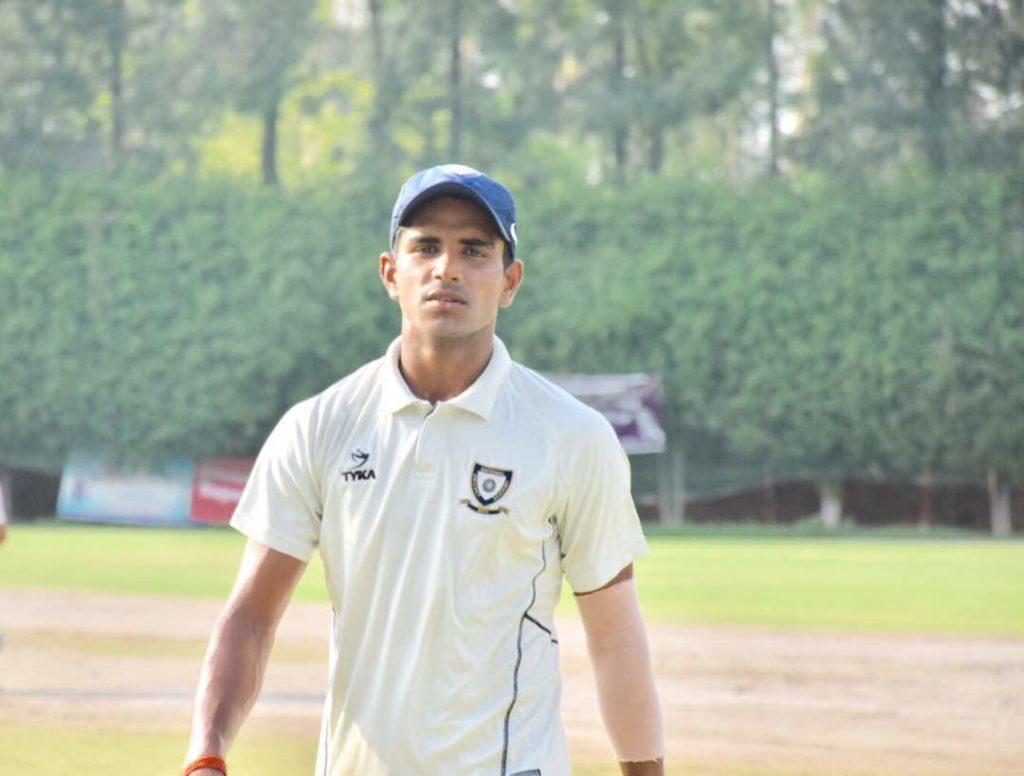 भारतीय टीम में हार्दिक पंड्या की जगह लेने आया यह भारतीय खिलाड़ी, 140KMPH की स्पीड से करता है गेंदबाजी तो लगाता है लम्बे-लम्बे छक्के 5