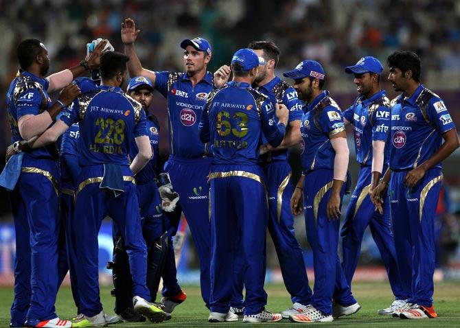 बुमराह और पंड्या ब्रदर्स को नहीं बल्कि इन्हें बताया रोहित शर्मा ने मुंबई इंडियंस की धरोहर, लेकिन इस खिलाड़ी के जाने का है दुःख 1