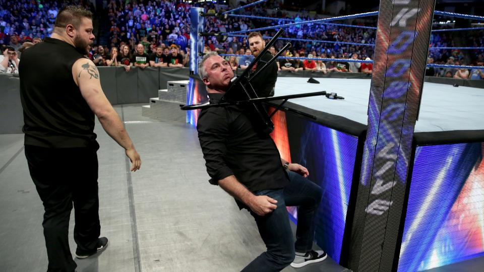 WWE SMACKDOWN रिजल्ट्स 14 मार्च 2017: ये रहे मैचो के रिजल्ट्स 5