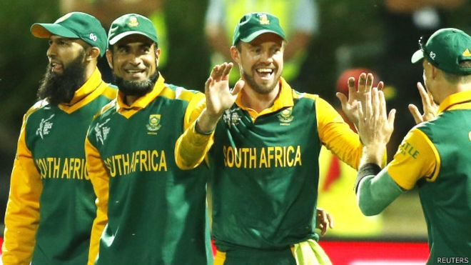 RECORD: इस टीम के नाम है वनडे में सबसे अधिक बार 400 से अधिक रन बनाने का विश्व रिकॉर्ड, जाने किस स्थान पर है भारत 4