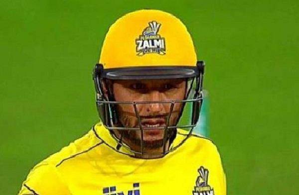 VIDEO: 6 6 6 के साथ मात्र 8 गेंदों में 26 रन बना गये अफरीदी लेकिन अंत में हुआ कुछ ऐसा कि टीम को करना पड़ा हार का सामना 14