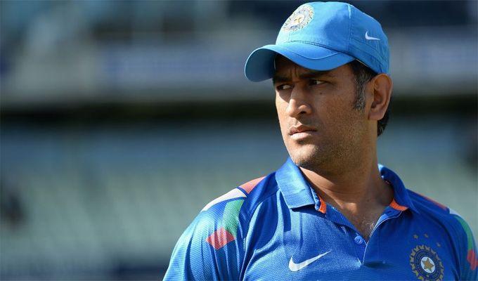 वीडियो- रिपोर्टर ने महेंद्र सिंह धोनी से पूछा उनकी सफलता का राज, धोनी ने दिया बड़ा ही रहस्यमयी जवाब 3