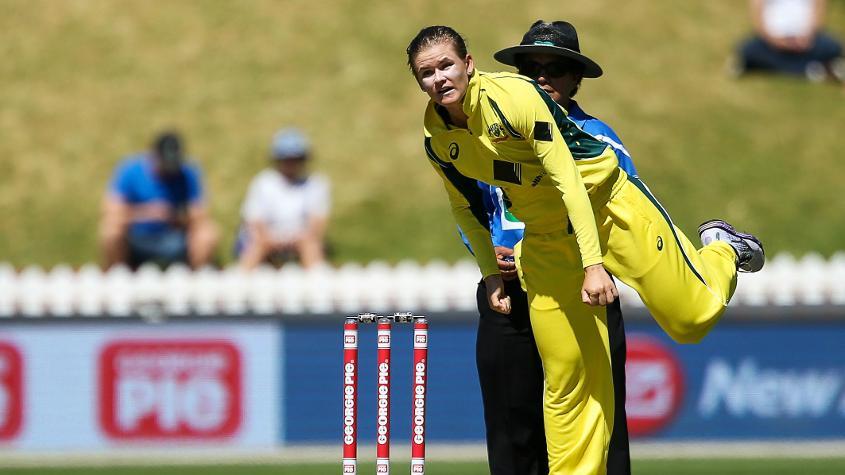 महिला क्रिकेट : गेंदबाजों की रैकिंग में जोनासेन शीर्ष पर