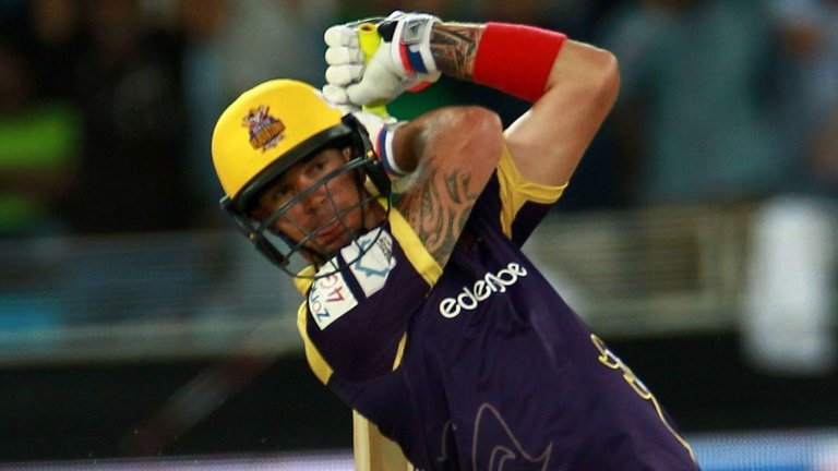 PSL : मैदान पर आया केविन पीटरसन नाम का तूफान 6, 6, 6, 4, 4, 4, 4 की मदद से 3 ओवर पहले ही खत्म किया मैच 4