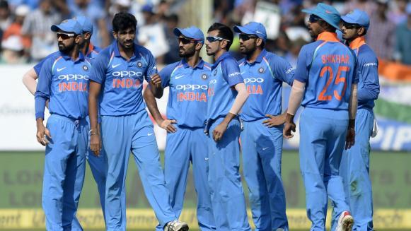 IPL से ठीक पहले इस भारतीय खिलाड़ी ने गुपचुप तरीके से की सगाई, नहीं किया किसी भी खिलाड़ी को आमंत्रित 1