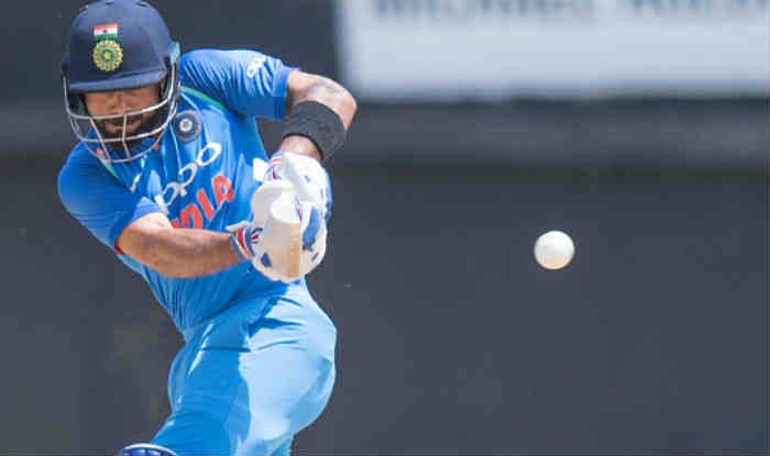 IPL शुरू होने से चंद दिन पहले ही मैदान के बाहर से विराट ने बना दिया ये विश्व रिकॉर्ड 3