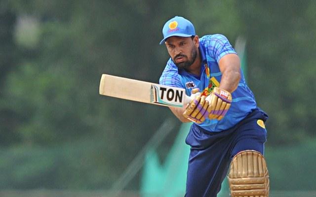 रणजी ट्रॉफी : इरफ़ान पठान के बाद अब युसूफ पठान ने भी मैदान पर मचाया गदर 12 चौकों और 4 छक्को की मदद से खेली तूफानी पारी 1