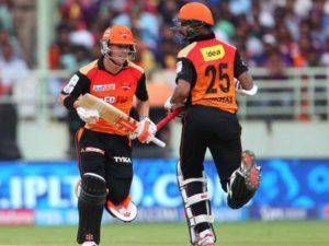 बुरी खबर: पंजाब से मिली हार के साथ ही हैदराबाद को लगा एक और झटका जाने कितने मैचो से बाहर रहेंगे शिखर धवन 5