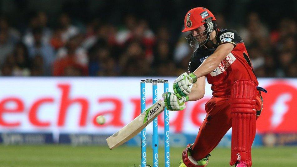 IPL 2018: आईपीएल से पैसा कमाने के मामले में धोनी और रोहित से बहुत पीछे हैं विराट 5