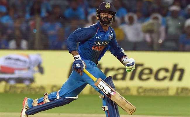 मुरली कार्तिक ने सुरेश रैना की जगह इस बल्लेबाज को मौका देने की कर दी मांग, क्या कटेगा रैना का पत्ता 3