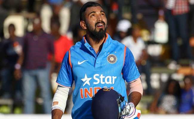 भारतीय टीम को मिला नया वीरेंद्र सहवाग, खेलना का अंदाज बिलकुल वीरू जैसा 6