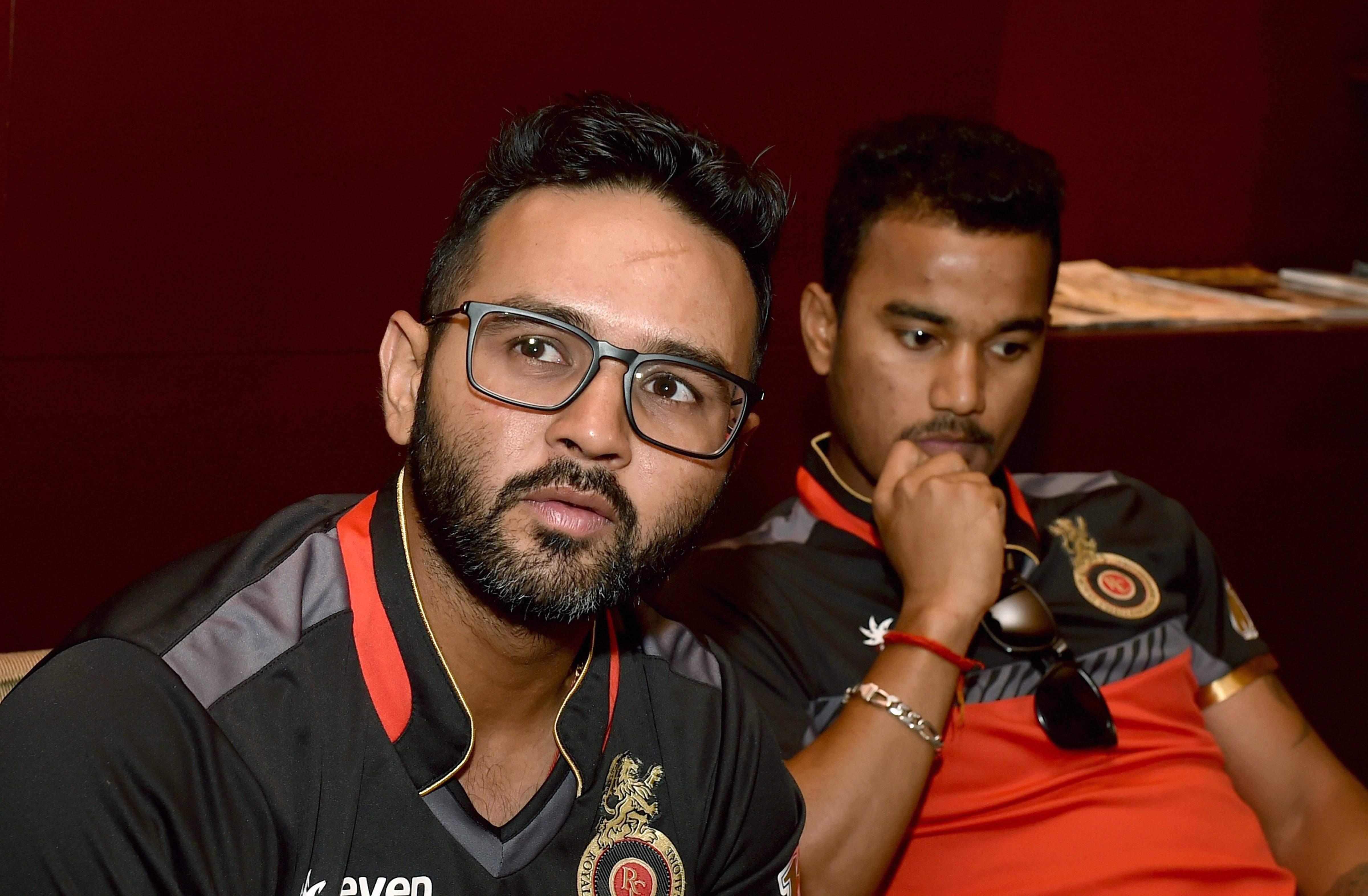 वार्नर और स्मिथ के न होने से आईपीएल के रोमांच में फर्क नहीं पड़ेगा: पार्थिव 17