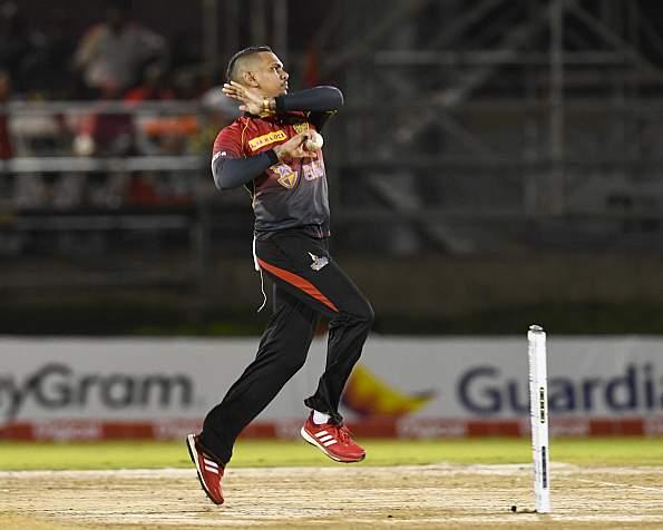 KKR के लिए आई अब तक की सबसे बुरी खबर, सुनील नरेन नहीं कर सकेंगे आईपीएल में गेंदबाजी! 17