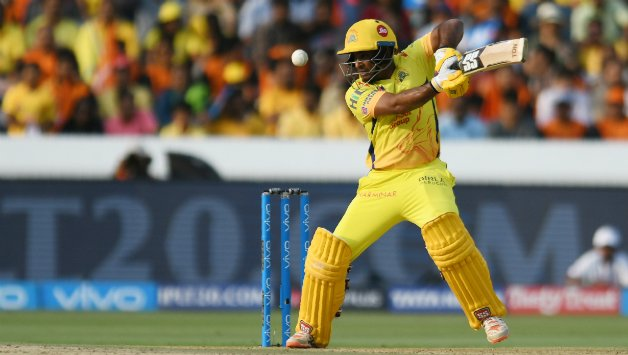 चेन्नई की जीत के हीरो रहे अम्बाती रायडू ने दिखाई महानता खुद को नहीं बल्कि इनके सिर बाँधा जीत का सेहरा 13