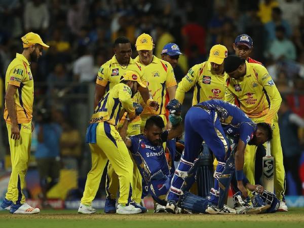 बुरी खबर: आईपीएल के बीच मुंबई के ड्रेसिंग रूम से आई बुरी खबर, टीम का स्टार खिलाड़ी हुआ चोटिल 3