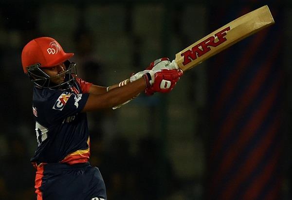 पंजाब के खिलाफ IPL डेब्यू करने वाले पृथ्वी शॉ ने अपने पहले ही मैच में रचा इतिहास, ऐसा करने वाले आईपीएल के सबसे पहले खिलाड़ी बने पृथ्वी 5