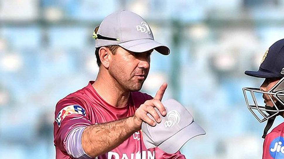 प्ले ऑफ से बाहर होने के बाद अब गौतम गंभीर के बीच आईपीएल कप्तानी छोड़ने पर बोले पोंटिंग 2