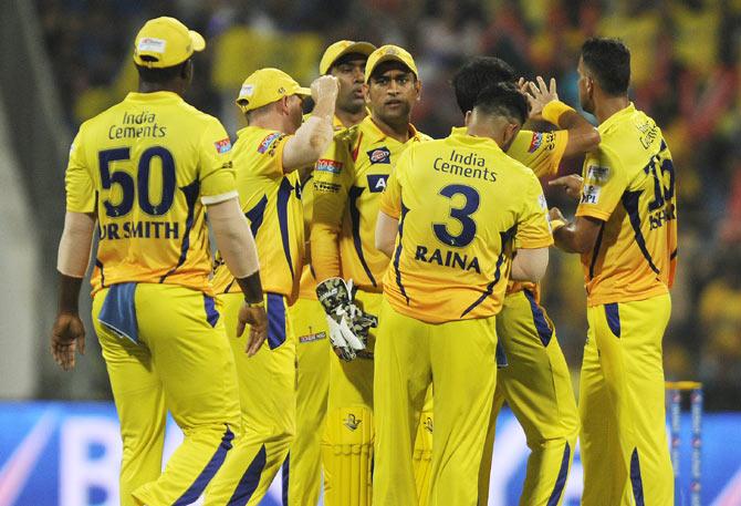 PLAYING XI: प्ले ऑफ में पहुंचने के लिए दिल्ली के सामने धोनी देंगे उस खिलाड़ी को जगह जिसके सामने बेबस दिखी थी भारतीय टीम 1