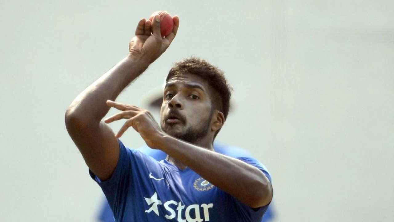 एक बार फिर से आईपीएल में नज़र आएँगे वरुण आरोन, 2.40 करोड़ में इस टीम ने ख़रीदा 13