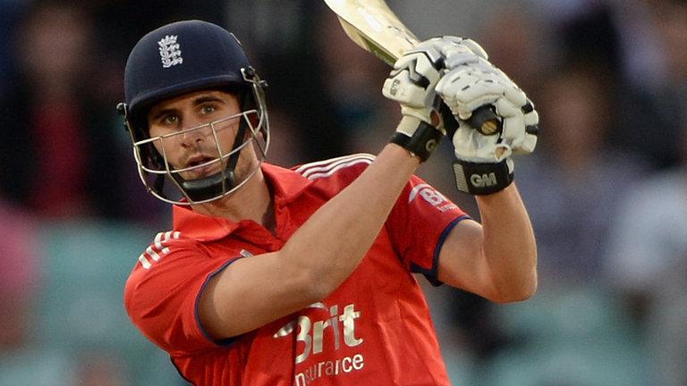 रोमांचक मैच में भारतीय टीम को इंग्लैंड की टीम ने 5 विकेट से हराया 4