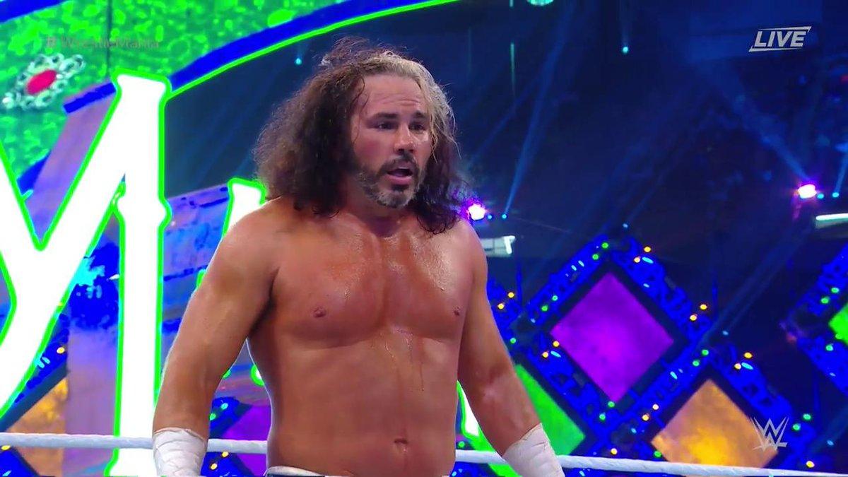 WWE WrestleMania 34: मैट हार्डी ने जीता आंद्रे द जाइंट मेमोरियल बैटल रॉयल मैच, फिर ब्रे वायट ने बढ़ाया दोस्ती का हाथ 16