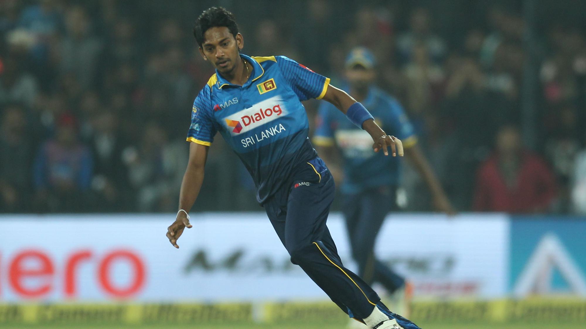 भारतीय कोच राहुल द्रविड़ श्रीलंका के इस गेंदबाज के हुए कायल, कहा आगे चलकर बन सकता है महान गेंदबाज 4