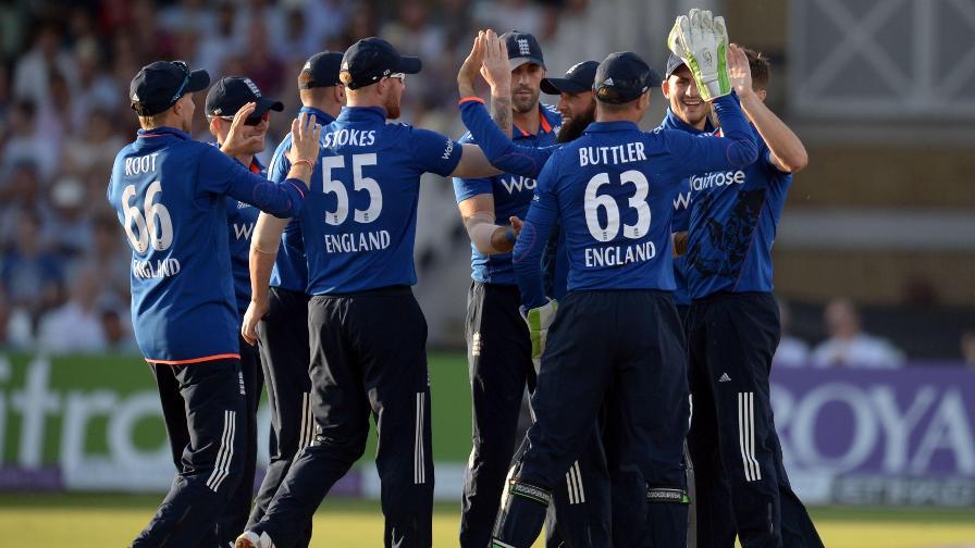 स्कॉटलैंड और ऑस्ट्रेलिया के खिलाफ वनडे के लिए इंग्लैंड टीम का चयन, आईपीएल में शानदार प्रदर्शन करने वाले खिलाड़ी को फिर किया गया नजरअंदाज 3