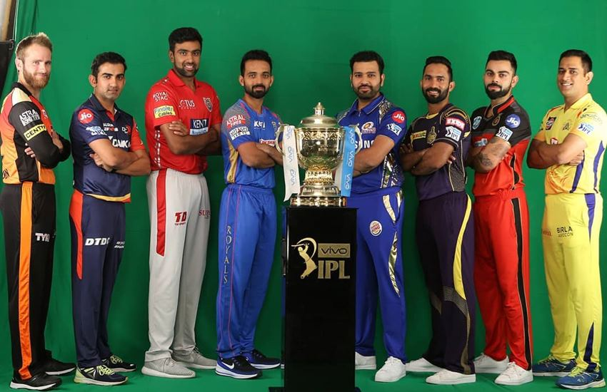 वीडियो- आईपीएल फोटोशूट के दौरान सनराईजर्स हैदराबाद के उपकप्तान भुवनेश्वर कुमार ने किया कुछ ऐसा देख नहीं रुकेगी हंसी 1