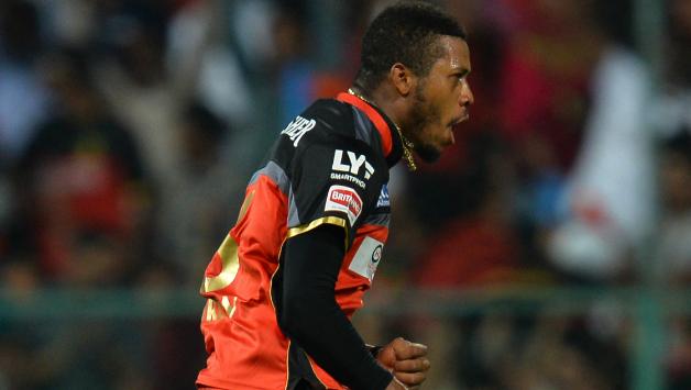 IPL 2019: अगले साल आईपीएल नीलामी में इन 3 गेंदबाजों को किसी भी तरह टीम में शामिल करना चाहेगी आरसीबी 5