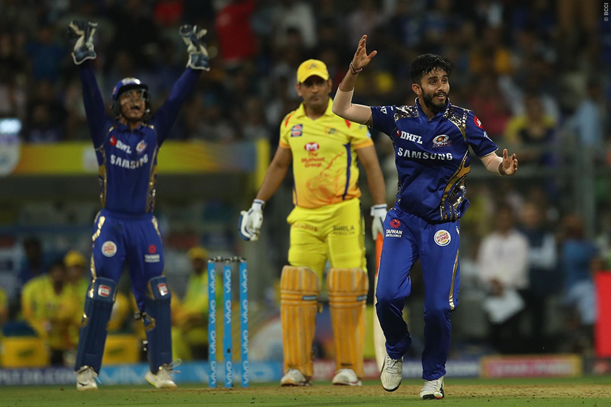मैच रिपोर्ट: रोहित शर्मा की इस छोटी सी गलती की वजह से अंतिम ओवर में जीता हुआ मैच गंवा बैठी मुंबई इंडियंस 16