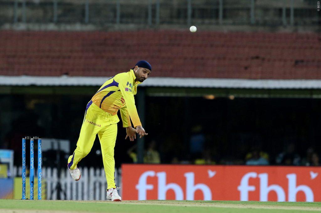 PLAYING XI: प्ले ऑफ में पहुंचने के लिए दिल्ली के सामने धोनी देंगे उस खिलाड़ी को जगह जिसके सामने बेबस दिखी थी भारतीय टीम 9
