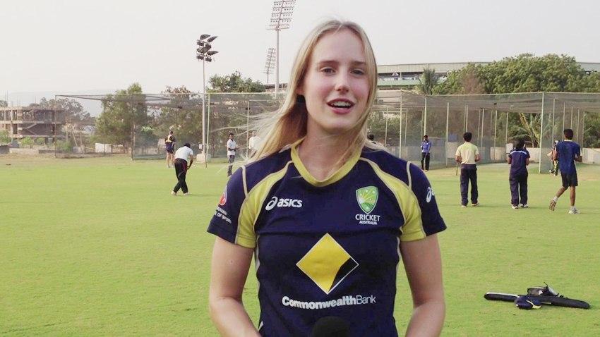 दुनिया की सबसे खूबसूरत महिला क्रिकेटर ने भारत और भारतियों के लिए कही दिल छु जाने वाली बात 6