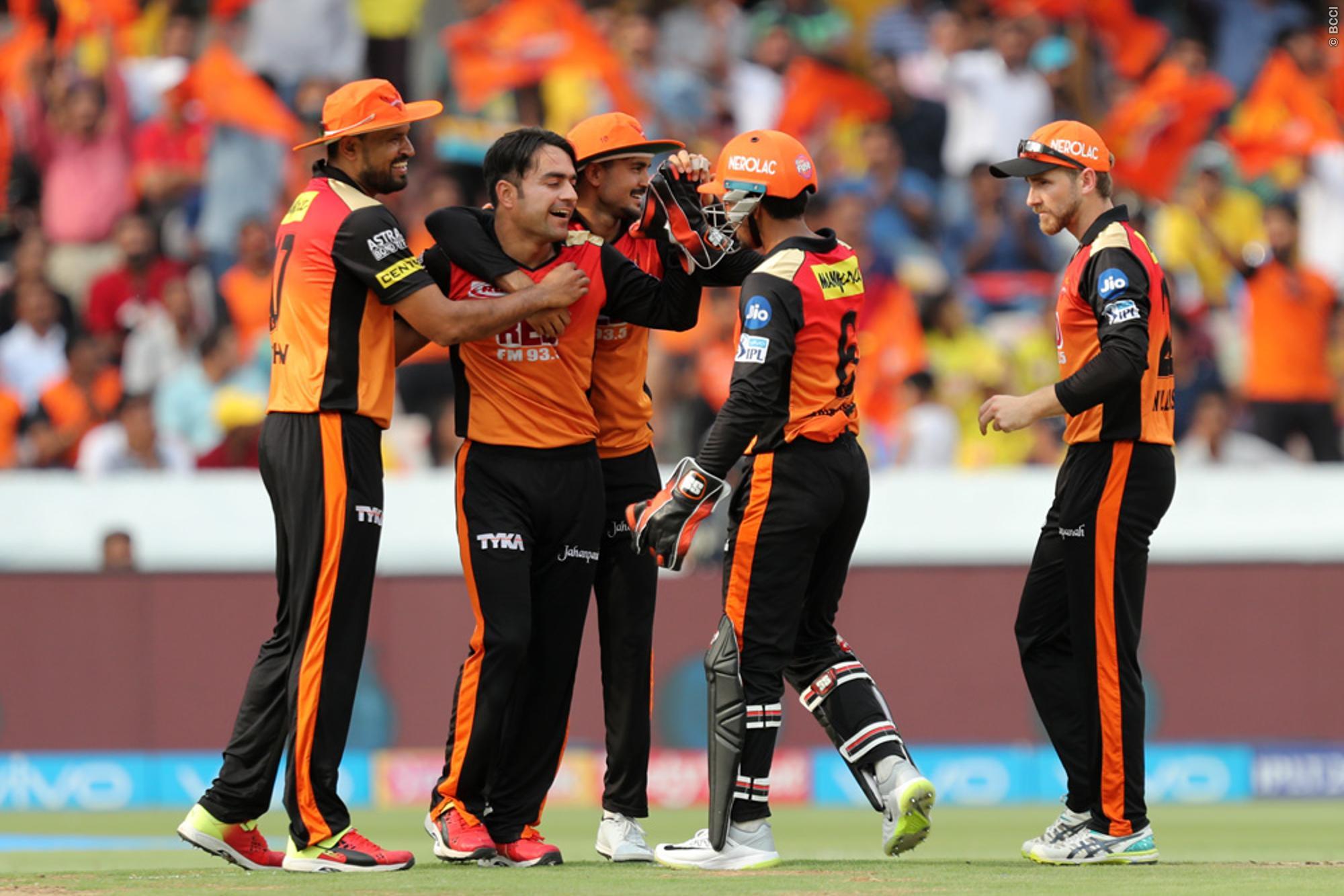 अंपायर की गलती से नाखुश है सनराइजर्स हैदराबाद टीम मैनेजमेंट, कप्तान ने भी किया नो बॉल का उल्लेख 11