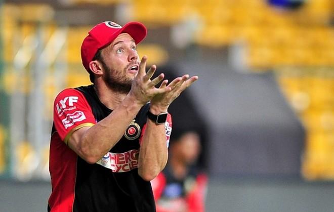 आश्चर्यजनक: विराट कोहली नहीं, बल्कि राजस्थान रॉयल्स के इस खिलाड़ी की बल्लेबाजी देख अपने खेल में सुधार लाये है डीविलियर्स 1