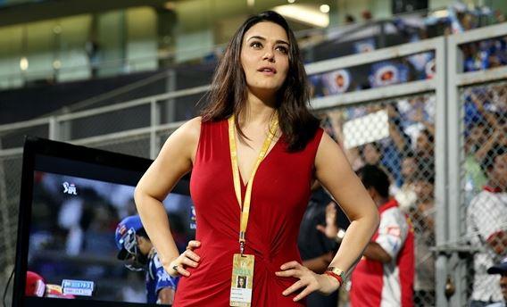 पंजाब की जीत के बाद अपना आपा खो बैठी थी टीम की मालकिन प्रीती जिंटा, तस्वीरें हुई वायरल 2