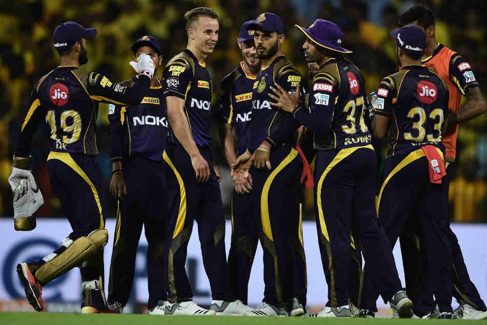 सुनील गावस्कर ने दिया विराट कोहली की टीम को खास गुरूमंत्र,अगर ऐसा हुआ तो केकेआर को हार मिलना लगभग तय! 10
