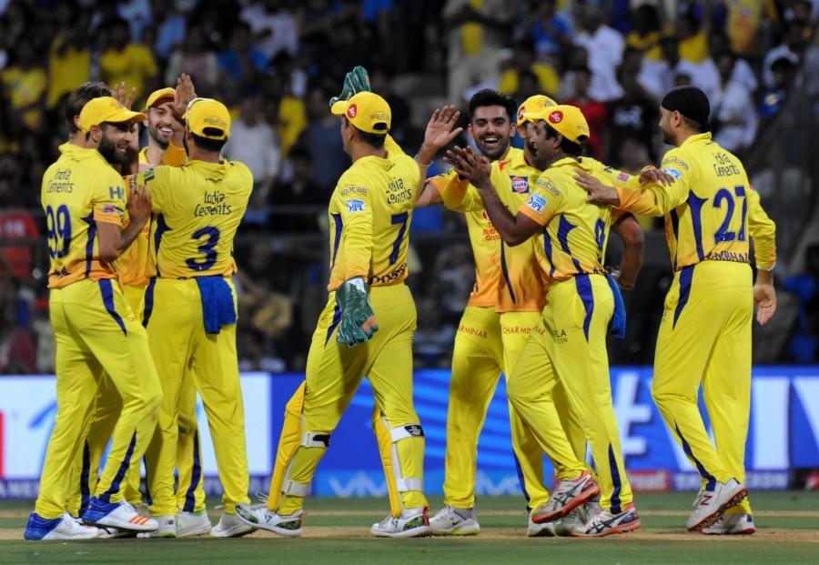 चेन्नई सुपर किंग्स के तीसरी बार आईपीएल चैम्पियन बनने पर अश्विन ने ख़ास अंदाज में दी महेंद्र सिंह धोनी को जीत की बधाई 3