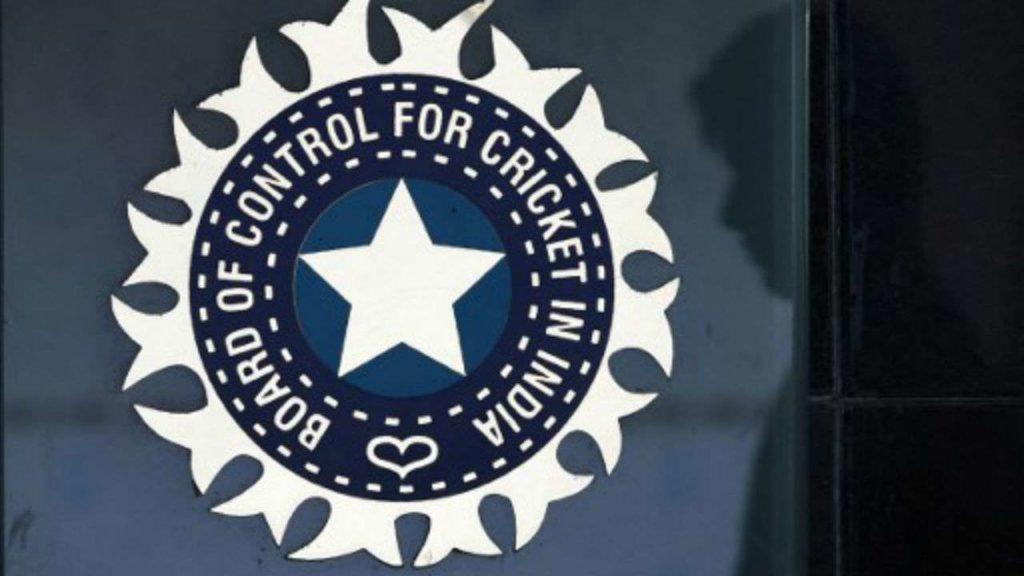 बीसीसीआई ने किया कन्फर्म विराट नहीं खेलेंगे काउंटी क्रिकेट, स्लिप डिस्क नहीं बल्कि इस बीमारी से है पीड़ित 2
