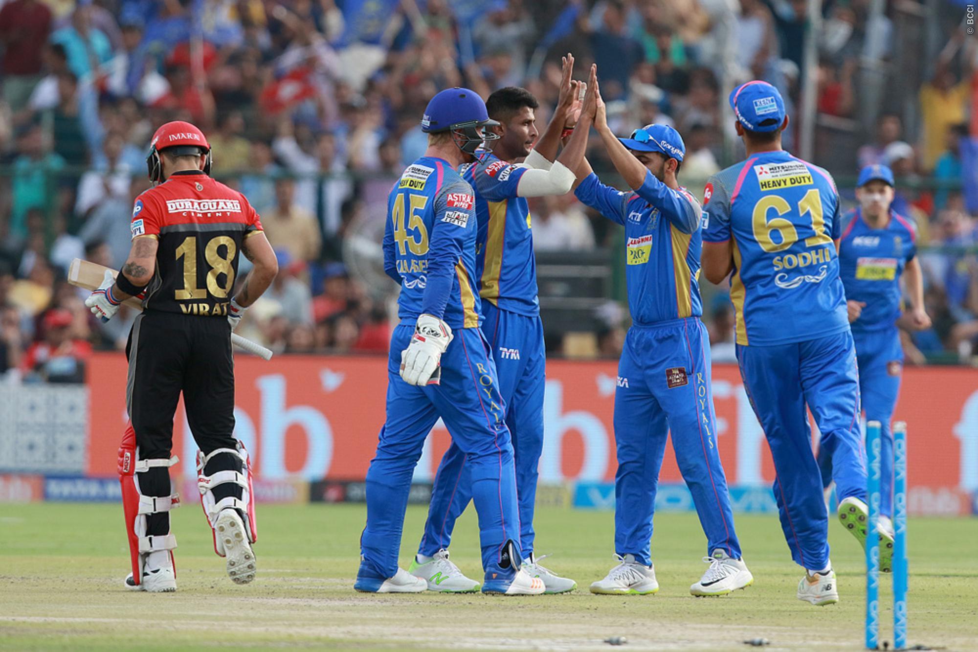 RRvsRCB : विराट की इन दो बड़ी गलतियों की वजह से आरसीबी की टीम को करना पड़ा 30 रन से हार का सामना 1